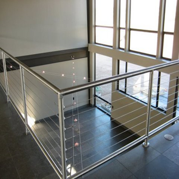 New Design Customized Wood Stainless Steel Cable Railing