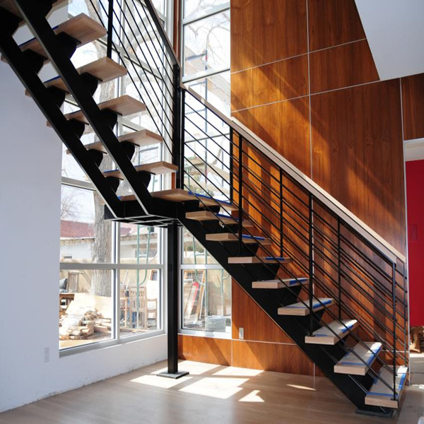 Wood Treads Stainless Steel Wire Balustrade Indoor Straight Staircase
