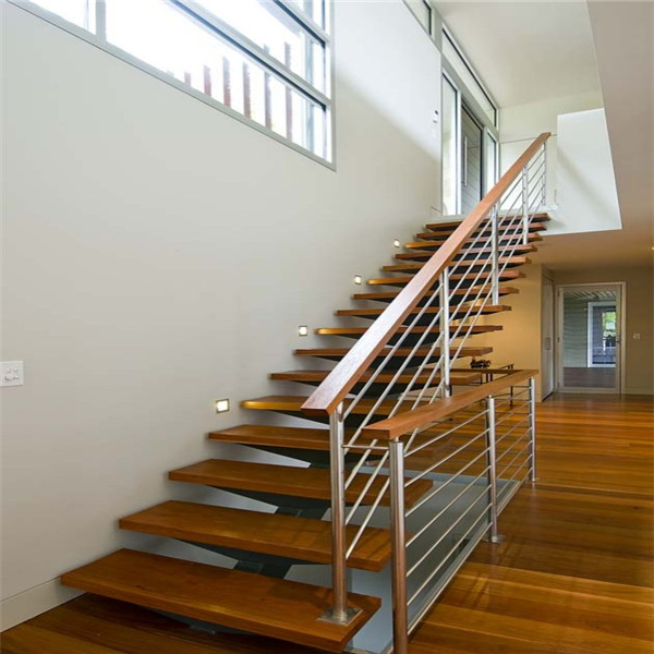 Frameless Toughened Glass Timber Tread Exterior Straight Staircase